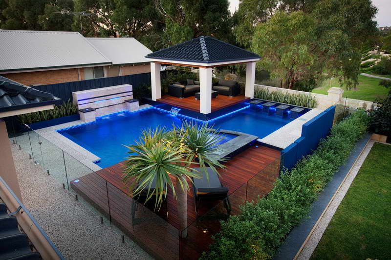 Pool Landscaping Tips and Hints